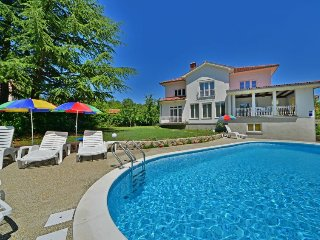 4 bedroom Villa in Mihotići, Primorsko-Goranska Županija, Croatia : ref 5345678