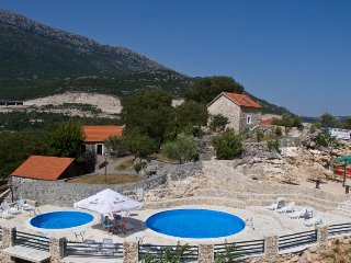 3 bedroom Villa in Vrgorac, , Croatia : ref 5334918
