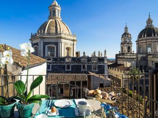2 bedroom Apartment in Catania, Sicily, Italy : ref 5334817