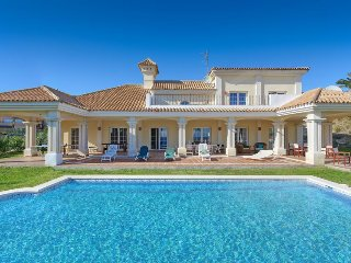 5 bedroom Villa in Alcaidesa, Andalusia, Spain - 5334771