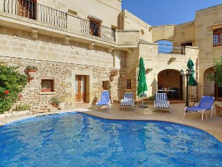 Xewkija Villa Sleeps 7 with Pool - 5334484