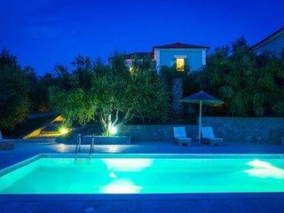 6 bedroom Villa in Gialova, Peloponnese, Greece : ref 5334457