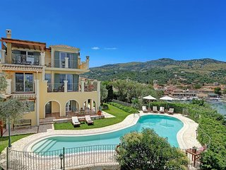 4 bedroom Villa in Kassiopi, Ionian Islands, Greece : ref 5334411