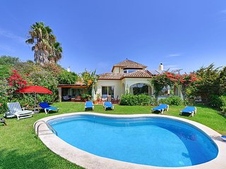 4 bedroom Villa in Torre Guadiaro, Andalusia, Spain : ref 5334347