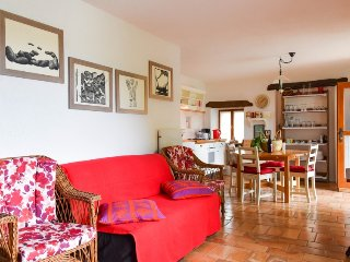 Brkac Holiday Home Sleeps 4 with Pool Air Con and Free WiFi - 5313624