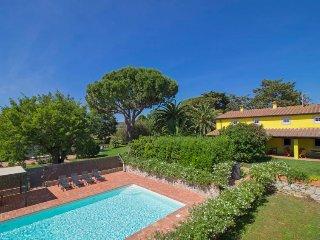 5 bedroom Villa in San Vincenzo, Tuscany, Italy : ref 5312985
