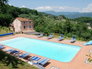 6 bedroom Villa in Lucca, Tuscany, Italy : ref 5310571