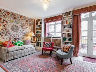 3 bed 2.5 bath on Portobello Road in Notting Hill