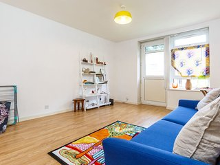 Modern apartment, 5 min from Brixton tube station!