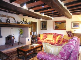5 bedroom Villa in Pieve Santo Stefano, Tuscany, Italy : ref 5251987