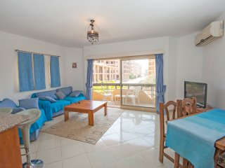 Modern 2Bed/2Bath (105) Prime location, Hurghada