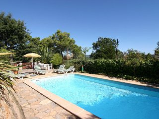Pals Villa Sleeps 6 with Pool and WiFi - 5251822