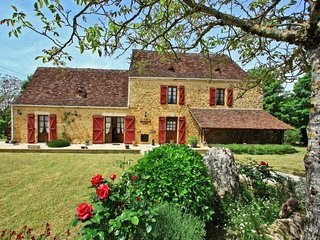 4 bedroom Villa in Lamothe-Fenelon, Occitania, France : ref 5251531