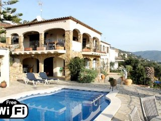 4 bedroom Villa in Sant Antoni de Calonge, Catalonia, Spain : ref 5250735