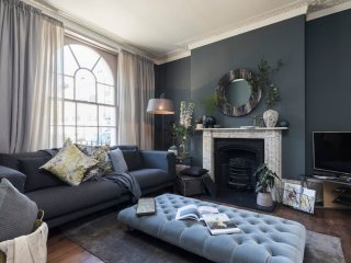 3 bedroom 3.5 bathroom designer house in Islington