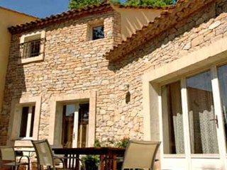 4 bedroom Villa in Goult, Provence-Alpes-Cote d'Azur, France : ref 5247284