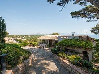 Begur Villa Sleeps 8 with Pool and WiFi - 5246709