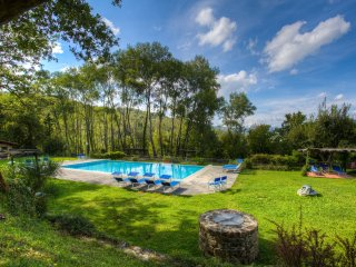 3 bedroom Apartment in Quorle, Tuscany, Italy : ref 5242122