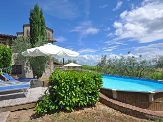 San Sano Villa Sleeps 8 with Pool and Air Con - 5241985