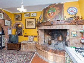 6 bedroom Villa in Gioiella, Umbria, Italy : ref 5241949