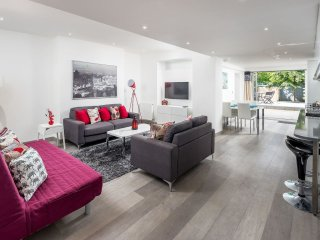 2 Bed 2 Bath Garden Apartment Near Paddington