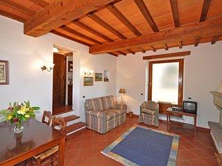 2 bedroom Apartment in Capolona, Tuscany, Italy : ref 5241759