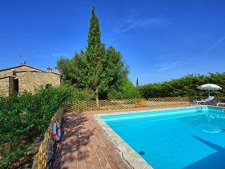 Sant'Anastasio Villa Sleeps 12 with Pool Air Con and WiFi - 5241472