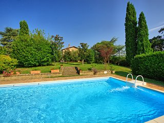 3 bedroom Villa in Cetona, Tuscany, Italy : ref 5241383