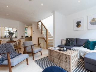 Beautiful 3 Bed Mews House 2 Mins From High St Ken