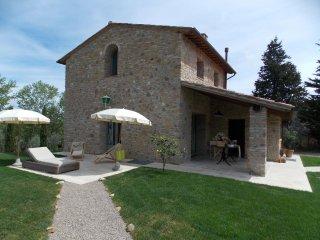 3 bedroom Villa in Gambassi Terme, Tuscany, Italy : ref 5241079