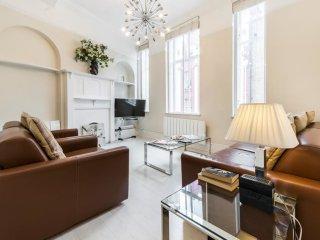 2 Bed Duplex in Heart Of Marylebone / Bond St
