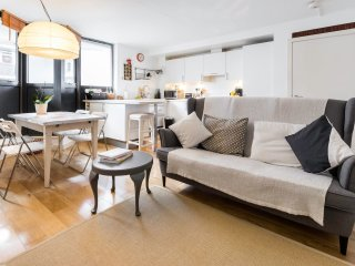 Lovely 2 bedroom flat in Hoxton/Old Street area