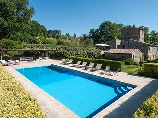 5 bedroom Villa in Porano, Umbria, Italy : ref 5240892