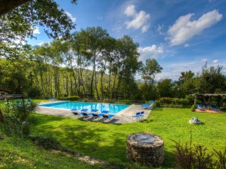 5 bedroom Apartment in Poppi, Tuscany, Italy : ref 5240869