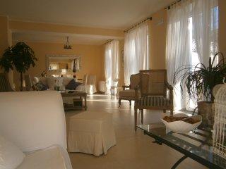 4 bedroom Villa in San Paolo Bel Sito, Campania, Italy : ref 5240674