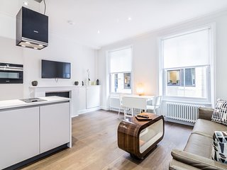 Modern 1 bed flat in the heart of Covent Garden