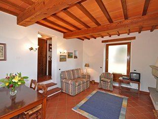 2 bedroom Apartment in Capolona, Tuscany, Italy : ref 5240266