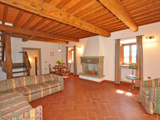 2 bedroom Apartment in Capolona, Tuscany, Italy : ref 5240256