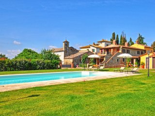 2 bedroom Apartment in Arezzo, Tuscany, Italy : ref 5239994