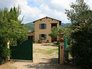 3 bedroom Villa in Castiglion Fiorentino, Tuscany, Italy : ref 5312387