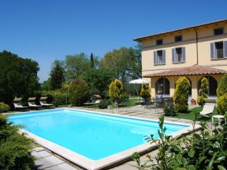 7 bedroom Villa in Castiglione del Lago, Umbria, Italy : ref 5239815