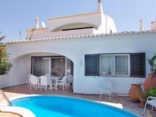 3 bedroom Villa in Vale do Lobo, Faro, Portugal : ref 5239040
