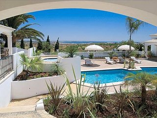 7 bedroom Villa in Valverde, Faro, Portugal : ref 5238989