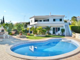 4 bedroom Villa in Montinhos da Luz, Faro, Portugal : ref 5238950