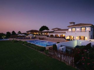 7 bedroom Villa in Malhadais, Faro, Portugal : ref 5238869