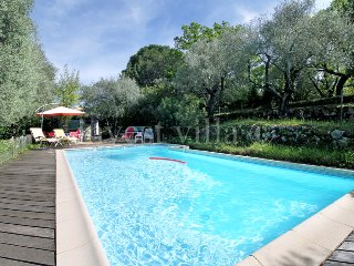 3 bedroom Villa in Grasse, Provence-Alpes-Côte d'Azur, France : ref 5238594