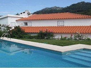 104200 -  Villa in Sintra