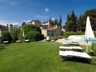 2 bedroom Villa in Barberino Val d'Elsa, Tuscany, Italy : ref 5238314