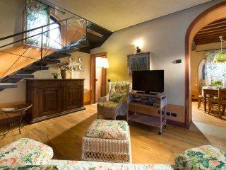 2 bedroom Villa in Cortine, Tuscany, Italy : ref 5238316