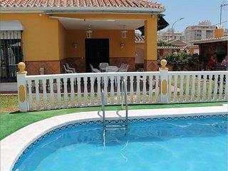 Villa in Rincón de la Victoria, Málaga 102499
